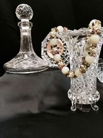Waterford crystal clock, assorted crystal and glassware, jewelry.
