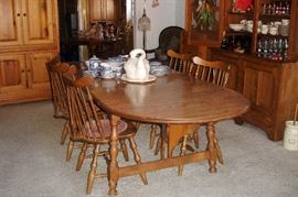 Maple drop leaf dining table - 2 leaves & 4 Winsdor chairs.