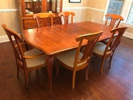 Stanley Light Wood Dining Room Table w/ Two Leaves & Pads, Two Light Wood Upholstered Seat Dining Arm Chairs and Four Light Wood Upholstered Seat Dining Side Chairs