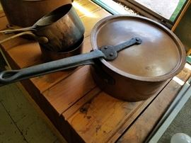 Fantastic set of copper heavy duty cookware