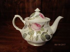 Redoule' Roses by Roy Kirkham tea pot