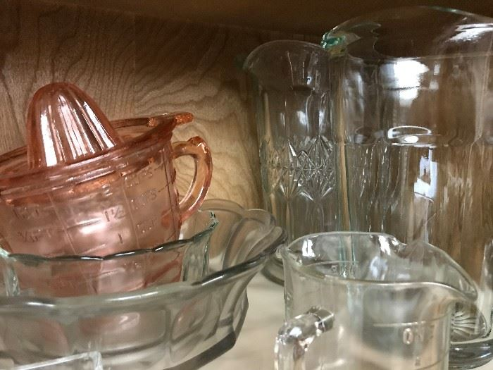 Pink Measuring Cup and Juicer Combo