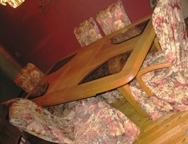 oak dining room table with buffet and leaves