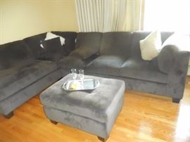 Broyhill Chocolate Brown Sectional Sofa with Chaise Lounge and Ottoman