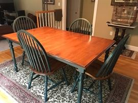 Country Kitchen features 6 chairs and an additional leaf that is not picture.