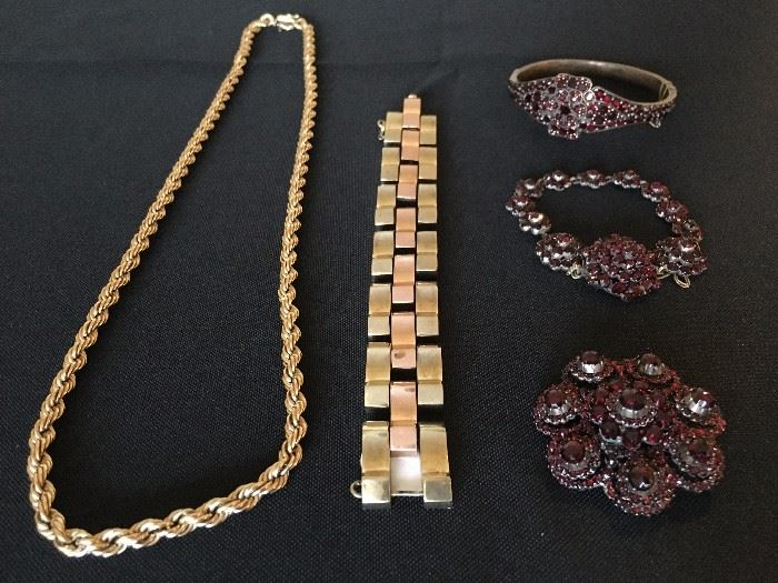 Gold Jewelry and Estate Jewelry