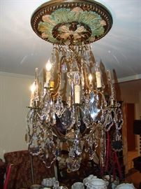 Wonderful chandelier, 36 inch drop and approx. 28 inches in diameter from Grahams lighting