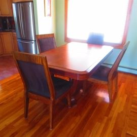 DINING ROOM SUITE 6 CHAIRS