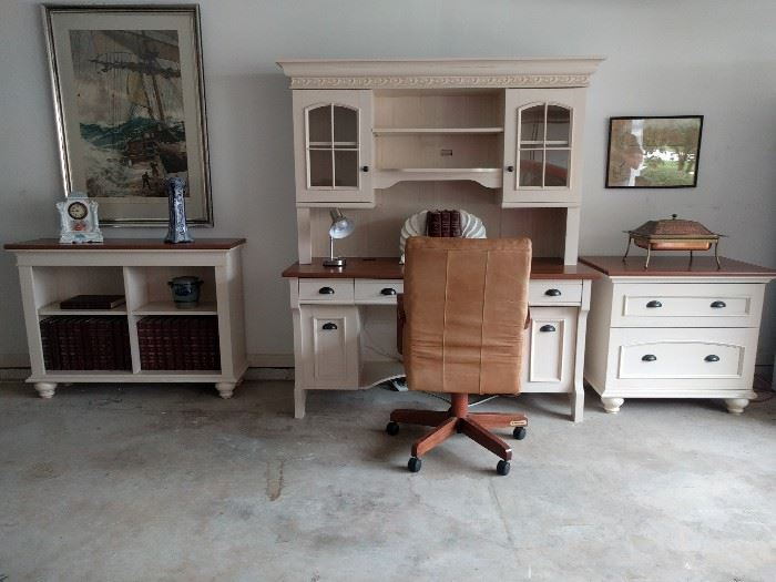Office suite, by Style@Work By Thomasville®.
