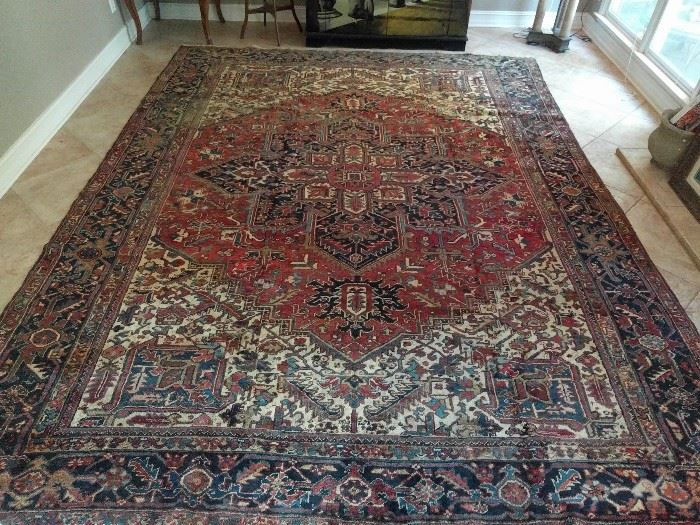 Gorgeous vintage Persian Heriz, hand woven, 100% wool face, measures 10' x 13'.