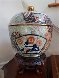 "Fantastic Imari lidded jar on wooden stand - measures 15"" tall."