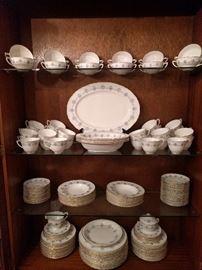 "VERY complete set (152 pieces) of Royal Worcester ""Blue Medallion"" china. Set includes: -16 Dinner Plates -16 Soup Bowls -28 Coffee Cups/29 Saucers -12 Bouillon Soups -16 Soup Bowls -28 Dessert Plates -15 Bread & Butter Plates -3 Oval Vegetable Bowls -18"" Serving Platter -2 Round Serving Bowls."