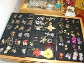 vintage and mid century costume jewelry- More below