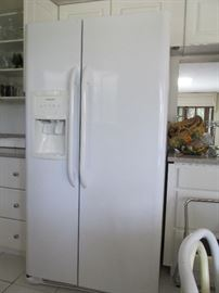 26.0 cu side by side by Frigidaire. 4 1/2 yrs.old