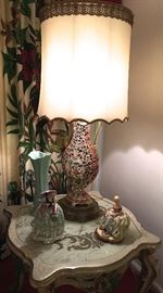 DECORATOR LAMP AND ACCESSORIES