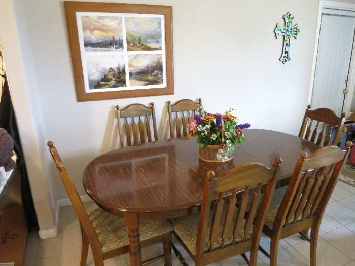 Lenior House Kitchen Table And Chairs