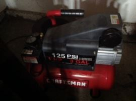 Craftsman 125PSI 3 gallon air compressor