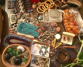 Lots of old jewelry
