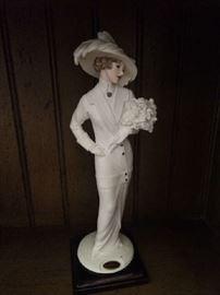 Several Giuseppe Armani Figurines