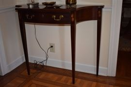 A closer look: Gorgeous Entryway Table with Double Handle Drawer. Scalloped Edging and Sheraton Style Legs