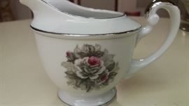 """""""White Rose"""" Princess China. 7-piece setting for 12 in original padded zipper bags"""