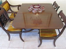Dining Room Table, 4 Chairs, Duncan Phyfe drop-leaf style