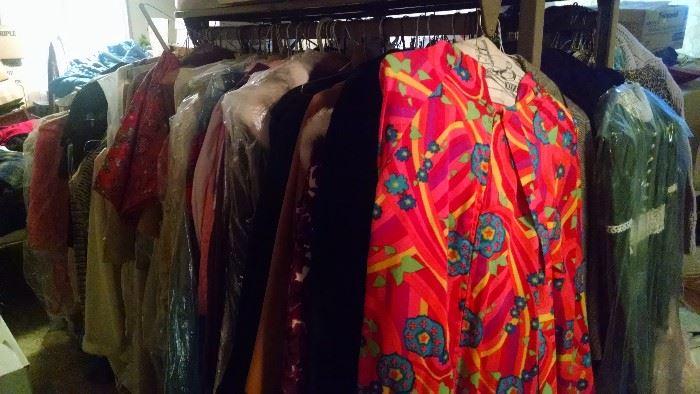 Find Vintage Clothing at Estate Sales