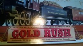 "CLOSE-UP....""G"" SCALE BOXED GOLD RUSH TRAIN SET"