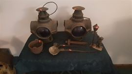 VINTAGE ADLAKE NON-SWEATING LAMPS