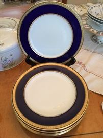 Set of 8 ca 1890 Copeland dinner plates.