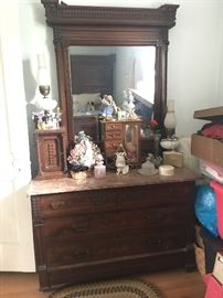 1800's Antique Marble top Dresser with Mirror