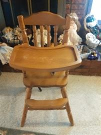 VINTAGE HIGH CHAIR