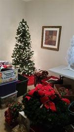 Pre-lit Christmas tree with step-on button, wall art/decor, white tabletop Christmas tree, Christmas wreaths, basket decor, lots of holiday decor!