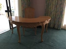 Bisque Wood circular desk with chair