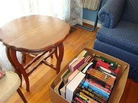 Two piece curved leg table