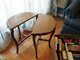Mirroring side tables