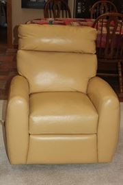 leather reclining chairs/swivel