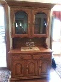 Kincaid oak china cabinet