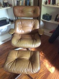 Beautiful leather mid-century modern chair and ottoman by Selig