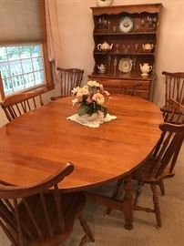 Oval Maple Dining Table & Six Chairs