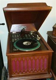 Edison Disc Phonograph model B.80
