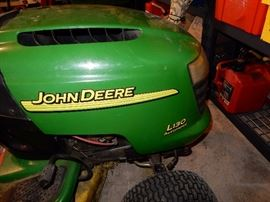 JOHN DEERE TRACTOR WITH BAGGER, SNOW THROWER AND WAGON ATTACHMENTS, L-130  420 hours, 48 inch cut