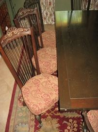 RARE ENKEBOLL DINING TABLE WITH 2 LEAFS & 8 CHAIRS (INCLUDING 2 ARM CHAIRS)