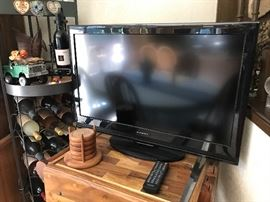 Several TVs available.