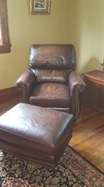 Leather recliner with Otto