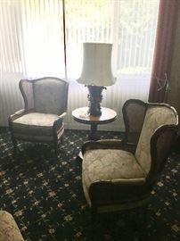 Lovely pair of chairs, table, lamp