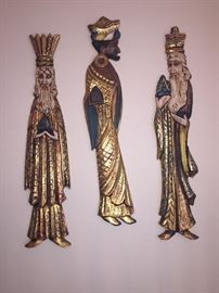 """Large decorative plaques of the """"Three Kings"""""""