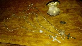 STERLING SILVER ROSARY & CASE