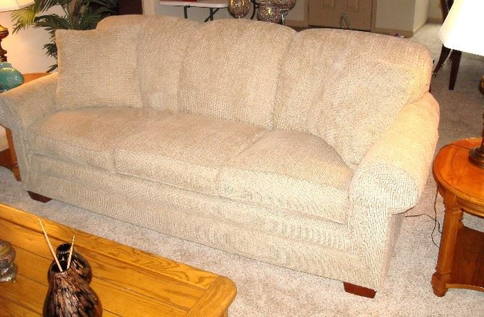 Like new Lazy Boy sleeper sofa
