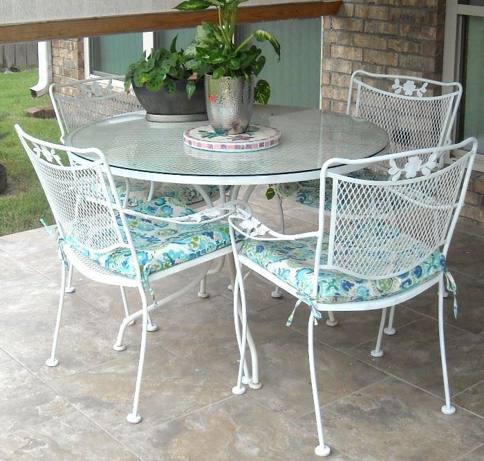 Very nice Meadowcraft patio set